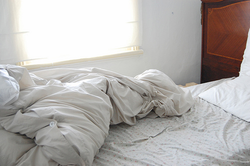 image Ya rompiste la cama mexicana tetona cogiendo