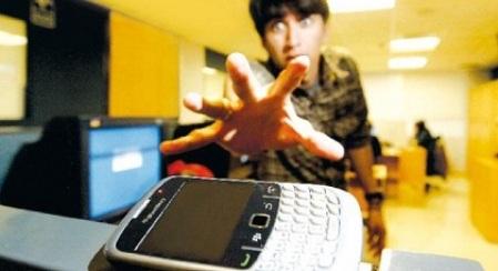 ¿Te da miedo  estar sin celular? Eso se llama nomofobia